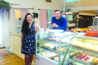 Sugar Cloud owner Serena Foulk and her boyfriend Buddy Driggers have turned the wedding cake boutique into a hot donuts and retail cake shop in Cashiers.
