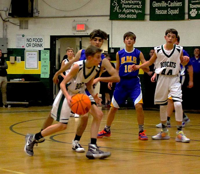Blue Ridge middle school hoop boys host Highlands Nov. 20. (Photo by Dan Brown.)